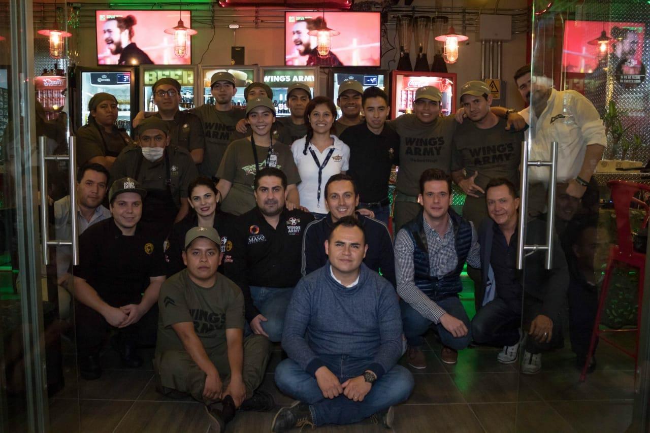 El equipo de Wings Army Puebla